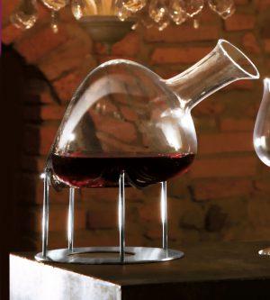 Wijnkaraf op standaard IVV